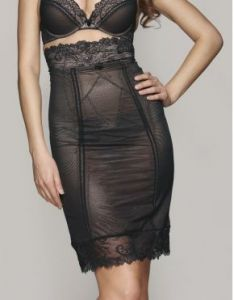 BARELY THERE SMOOTHING SKIRT